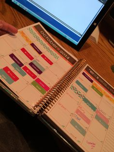 Love using my life planner for nursing school!! There are so many things to do and remember to study! Never miss a beat with my #erincondern #lifeplanner