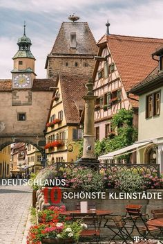 These are Germany& ten most beautiful small towns- Das sind Deutschlands zehn schönste Kleinstädte These are the 10 most beautiful small towns in Germany. Places To See, Places To Travel, Travel Destinations, Summer Family Pictures, Camping Photography, Belle Villa, Abandoned Castles, Travel Goals, Germany Travel