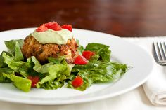 spicy avocado sauce for crab cakes