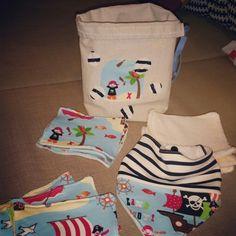 Kit (lingettes lavables et bavoir avec sac personnalisé) coton, micro éponge, tencel, jersey et éponge  normal!