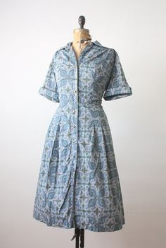 1950's dress  plus size paisley shirtdress by Thrush on Etsy, $85.00