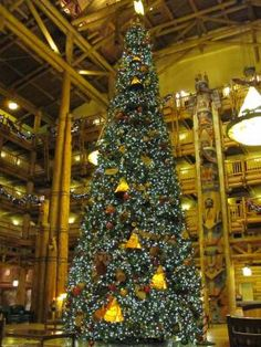 Wilderness Lodge at Christmas | Posted at PassPorter.com by member iloverags2 | Click for more detail and a better view!