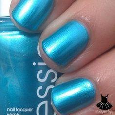 Beach bum blu by essie