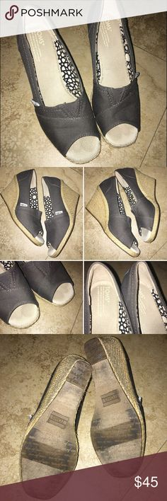 "Toms Espadrille Open Toe Wedge Worn 1-2 time in great condition, TOMS classic wedges, easy slip on style, soft textile lining (slightly stained), peep toe design, 3"" heel, 1/2"" platform. Since TOMS tend to stretch, these are good for 7.5 too. TOMS Shoes Espadrilles"