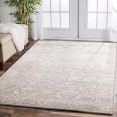 💕💕 This rug has a classic and timeless beauty to it, with it's traditional patterns and modern neutral tones: Zion Grey Transitional Patterned Designer Rug Beige Carpet, Diy Carpet, Rugs On Carpet, Carpet Ideas, Fade Styles, Transitional Rugs, Bedroom Carpet, Large Rugs, Grey Rugs