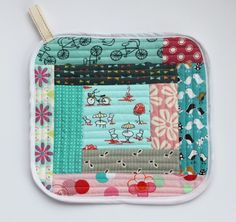 Sew Delicious: Quilt As You Go Pot Holders