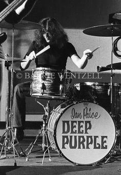 Left handed drummer burn will always be a favorite song of mine Rock N Roll, Heavy Metal, Blackmore's Night, Vintage Drums, Rock Of Ages, British Rock, Old Music, Rock Legends, Black Sabbath