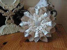 Recycling Paper for Eco Friendly Christmas Crafts and Handmade Christmas Tree Decorations – Lushome Christmas Tree Star, Christmas Tree Design, Burlap Christmas, Christmas Wreaths, Christmas Ornaments, Handmade Christmas Crafts, Holiday Crafts, Holiday Decor, Paper Christmas Decorations