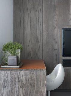 grey oak office | Remy Meijers