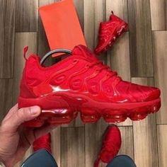 Plus Solid Color Burgundy Sneakers – insboys Tenis Nike Casual, Tenis Nike Air Max, Nike Air Shoes, Nike Air Max Plus, Nike Air Vapormax, Sneakers Mode, Cute Sneakers, Sneakers Fashion, Shoes Sneakers