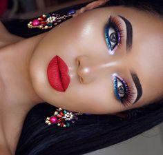 Colorful makeup and accessories - Makeup Looks Orange Gorgeous Makeup, Pretty Makeup, Love Makeup, Simple Makeup, Makeup Inspo, Makeup Inspiration, Glam Makeup, Full Makeup, Kiss Makeup