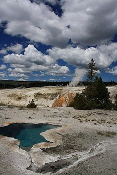 Yellowstone / Love Your Mother <3