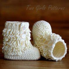 Baby Crochet Boots Pattern Furrylicious von TwoGirlsPatterns