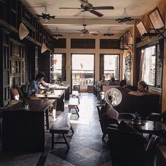 Instagram media by nhacuacoffeeholic - The Chef coffee - 166 Trần Phú, Hội An. Photo by @uyennnpham #ncchoian #nhacuacoffeeholic
