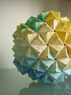 Modular Sonobe Origami Ball - blue, geen, yellow - 270 pieces by herConfederate… Origami Ball, Diy Origami, Origami Lamps, Origami And Kirigami, Paper Crafts Origami, Origami Stars, Oragami, Origami Boxes, Dollar Origami
