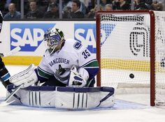 Cory Schneider in short list of BC goalies in the NHL