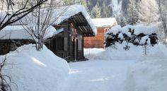 Holiday home Simond Chamonix - #VacationHomes - $95 - #Hotels #France #Chamonix-Mont-Blanc http://www.justigo.co.uk/hotels/france/chamonix-mont-blanc/chalet-simond_53182.html