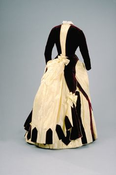 Dress belonging to Josephine Maud Spencer McTaggart