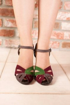 Vintage 1940s Shoes Stunning Four Color Suede Sandals by FabGabs