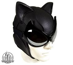 Batman-Arkham-City-Cat-woman-Cowl-With-Mirrored-Goggles-Cosplay
