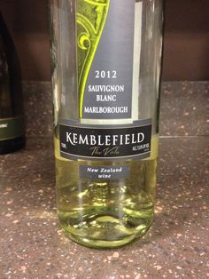 2012 Kemblefield Sauvignon Blanc - Marlborough - Greenish yellow with green notes and touches of overripe fruit. On the palate, zesty with citrus. Great for New Zealand Sauv Blanc lovers. Not my style. Buy to try