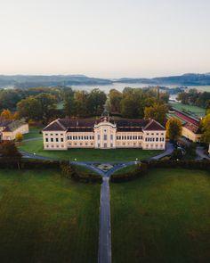 Schlösserstraße in der Oststeiermark Mansions, House Styles, Castles, Tourism, Road Trip Destinations, History, Scenery, Traveling, Mansion Houses