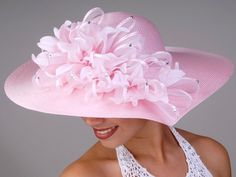 Pink, like some flamingos! Pink, is a new kinda lingo. Sinamay Hats, Fascinator Hats, Fascinators, Headpieces, Pink Love, Pretty In Pink, Church Hats, Fancy Hats, Kentucky Derby Hats