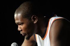 Kevin Durant calls Stephen A. Smith a liar for saying he might sign with the Lakers- http://getmybuzzup.com/wp-content/uploads/2015/10/525871-thumb.jpg- http://getmybuzzup.com/kevin-durant-calls-stephen-a-smith-a-liar/- Kevin Durant calls Stephen A. Smith a liar  By Tim Cato This won't be the last time we hear rumors like this, though. One of the biggest stories of the upcoming NBA season is Kevin Durant's pending free agency. The Lakers, because they're th