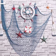 Cheap net hanging, Buy Quality net effect directly from China net leotard Suppliers: Decorative Nautical Fishing Balloon Net Beach Scene Party Decoration Netting New Decorative Nautical Fishing Ba Nautical Bathroom Design Ideas, Nautical Bathrooms, Nautical Design, Nautical Party, Nautical Home, Fish Net Decor, Ideas Para Organizar, Diy Hanging, Hanging Decorations