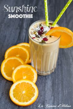 Make this healthy, delicious Sunshine Smoothie. It's packed with antioxidants and it only takes 30 seconds to make. This recipe will help you stay on track with healthy eating this year. - La Cuisine d'Helene