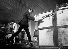 "unpetitpeudepetitspois: "" Pete Townshend from The Who smashes his guitar & amp at Windsor Jazz & Blues Festival, 1966 "" Songwriting Techniques, 60s Rock, Punk Rock, Laszlo Moholy Nagy, Pete Townshend, The Special One, Music Pics, Music Stuff, Live Rock"