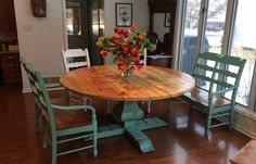 Dining Table, Round Table, Pedestal table, Farmhouse table, Dining Table, Handmade Table, French Country Table, Kitchen Table