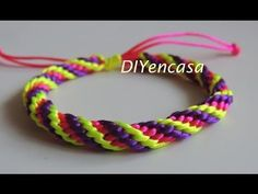 (14) Como hacer una pulsera Kumihimo en tres colores. bracelet kumihimo. - YouTube