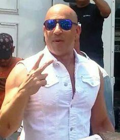 Vin Diesel Shirtless, Hot Men, Hot Guys, Bald Look, Good Looking Actors, Hottest Male Celebrities, Ideal Man, Paul Walker, Fast And Furious