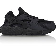Nike Air Huarache Run Sneakers (145 CAD) ❤ liked on Polyvore featuring shoes, black, kohl shoes, black rubber sole shoes, round cap, black low tops en nike footwear
