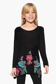 ed18b6ce1 Camiseta Delawere para niña de Desigual. Adrielsmoda · OUTLET MODA INFANTIL