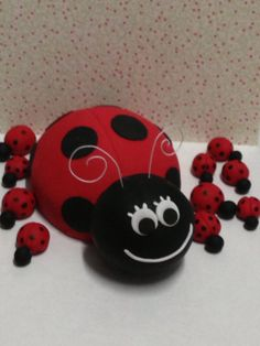 Fondant  ladybug cake topper by Paolascreations on Etsy, $28.00