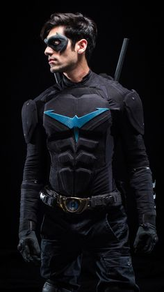 1000+ images about Nightwing Costume on Pinterest ...