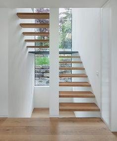 - Berschneider + Berschneider, Architects BDA + Interior Architects, Neumarkt: Netto-Plus Energiehaus - Staircase Architecture, Staircase Design, Interior Architecture, Contemporary Stairs, Modern Stairs, Interior Stairs, Interior And Exterior, Open Staircase, House Stairs
