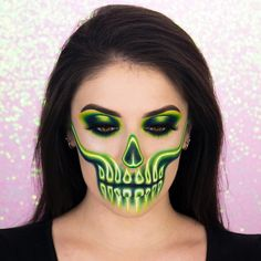 Makeup Shop, Makeup Geek, Top Photo, Halloween Makeup, Best Makeup Products, Makeup Looks, Instagram, Make Up, Neon