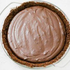 Vegan Chocolate Pudding | Daily Vegan Meal Homemade Chocolate Pudding, Chocolate Flavors, Chocolate Desserts, Vegan Desserts, Vegan Food, Vegan Pudding, Pudding Desserts, Home Made Pudding, Date And Walnut Cake