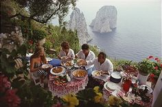 Dining Al Fresco On Capri