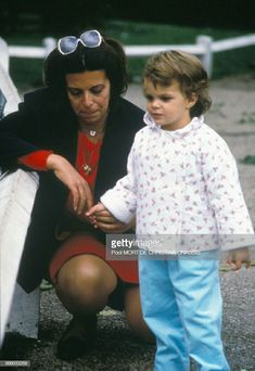 EVGENIA GL LITTLE ATHINA ONASSIS WITH HER MUM