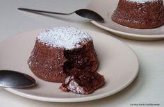 Tortino caldo al cioccolato con cuore morbido, senza glutine e lattosio.