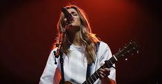 'What a Beautiful Name' - Live Praise From Hillsong Worship - Christian Music Videos