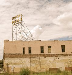 """ HOTEL BEALE "" in Kingman Arizona  "" Route 66 on My Mind "" http://route66jp.info Route 66 blog ; http://2441.blog54.fc2.com https://www.facebook.com/groups/529713950495809/"