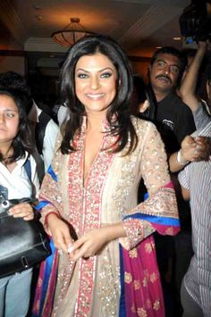 Sushmita Sen , in a gorgeous outfit ❤