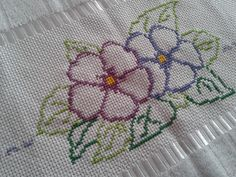 Embroidery Stitches, Hand Embroidery, Crochet Bedspread, Cross Stitch Borders, Clothing Patterns, Crow, Elsa, Diy And Crafts, Projects To Try
