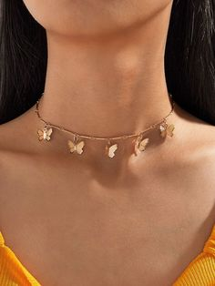 Solid Gold Choker Necklace / Coin Charm Choker / Gold Disc Choker / Disc Dangle Necklace / Dangle Coin Necklace / Layering Choker / Rose Gold Features ✔ Made to Order. ✔ Made in the USA. ✔ Gold Kt: ✔ Available Gold Color: Rose Gold, Yellow Gold, Cute Jewelry, Jewelry Accessories, Women Jewelry, Jewelry Design, Fashion Jewelry, Gold Jewelry, Trend Accessories, Jewelry Candles, Accessories Online