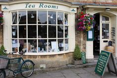 Tisanes Tea Rooms in Broadway, England, by Svend Andreas Horgen